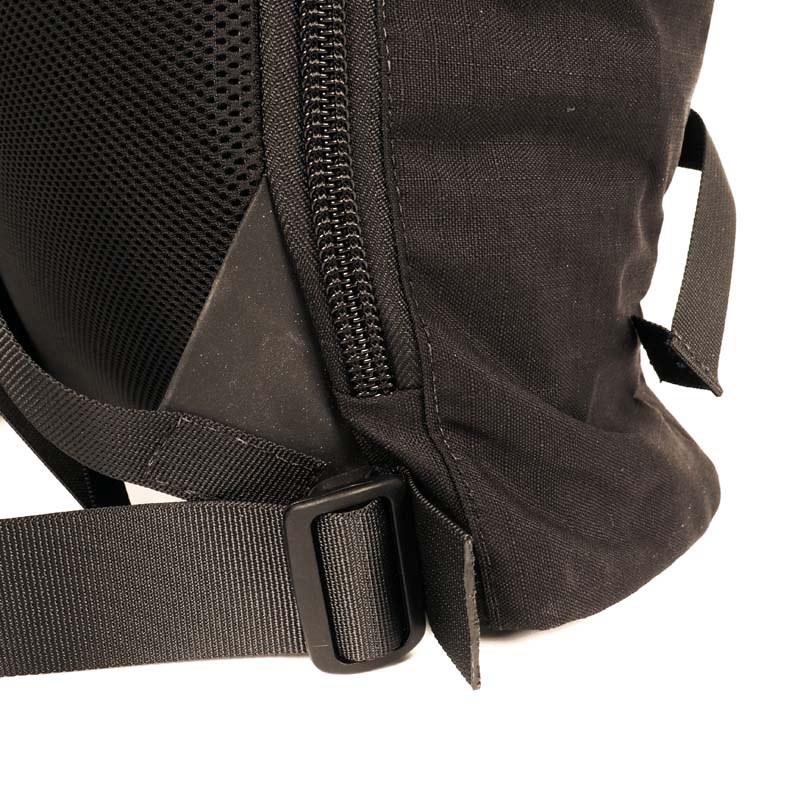 42022 brompton backpack 07